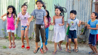 kids celebrating in the Philippines