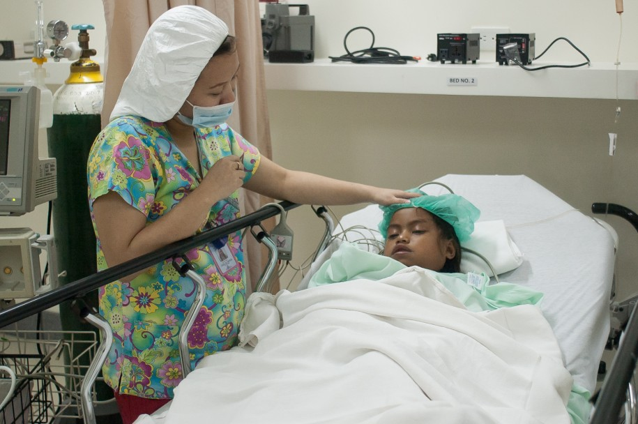 Nurse Liz does everything she can to be sure Dayana is comfortable after surgery