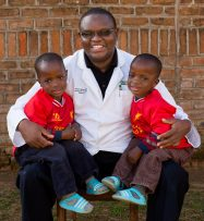Dr. Maina, CURE Malawi Hope_Miracle_DrMaina_BAF_2639