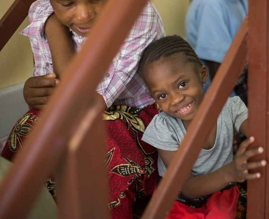 Zahira smiles while waiting for her rush rod revision surgery!