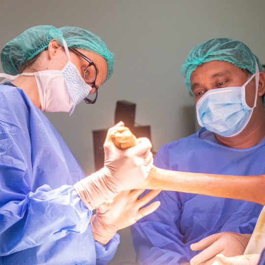 One woman's journey to joy as an orthopedic surgeon